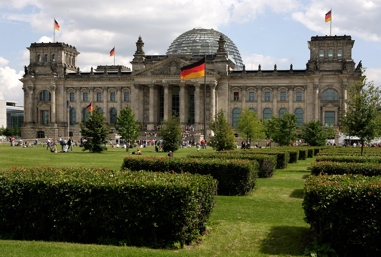 Reichstag_Wiese_607_c_Scholvien_visitBerlinde_RET