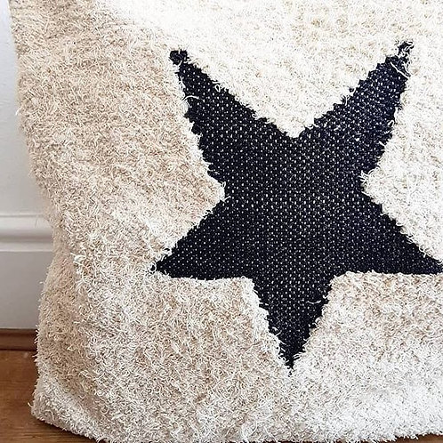 Starry eyed cushion cover