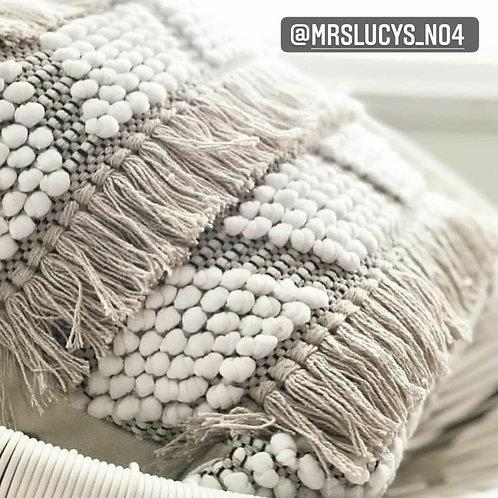 Tilt fringe cushion cover