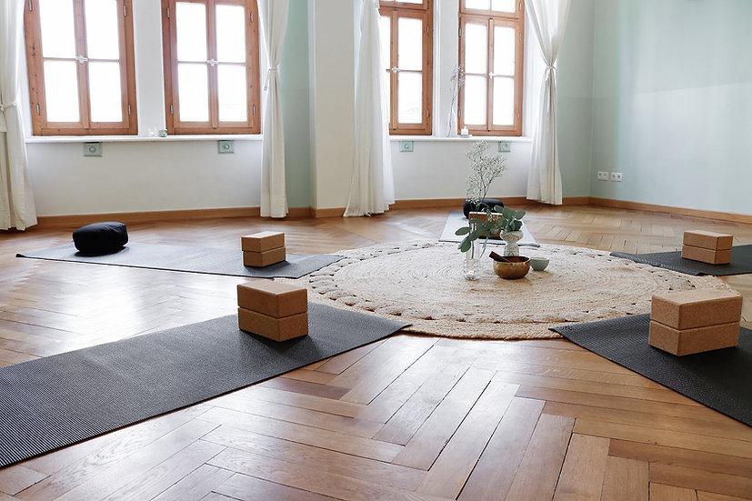 Traum München Bilder Yoga 002.jpg