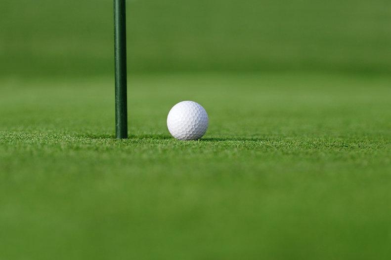 Golf green & ball.jpg