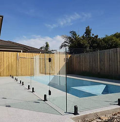 glass-pool-fencing.jpeg