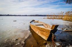Lithuainia frozen lake 1