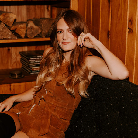 This Is Anna Vaus, the Girl In A Bar Who's Shifting Country Music | Shifter Fest Q+A