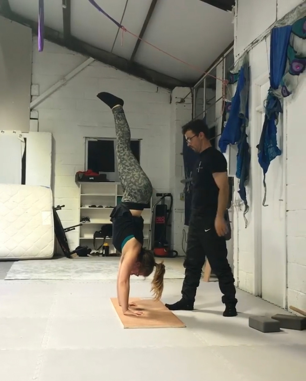 Heather Topf doing a handstand