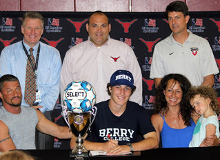 Christian Girard Signs with Berry College