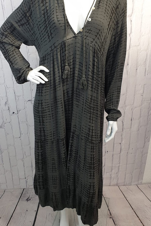 STAGGER dress