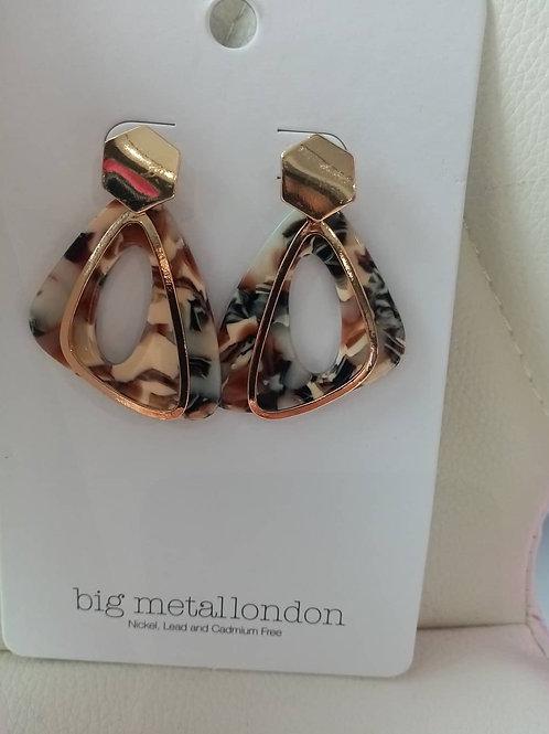 RESIN TRI earrings