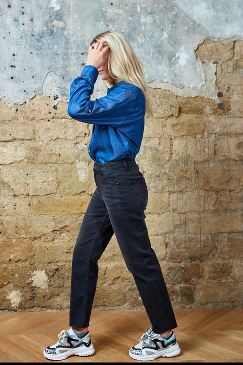 MOMS Jeans