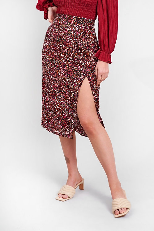THIGHS THE LIMIT skirt