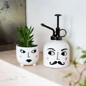MR AND MRS pot and mister set