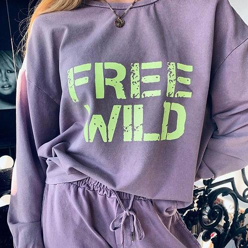 FREE & WILD sweater