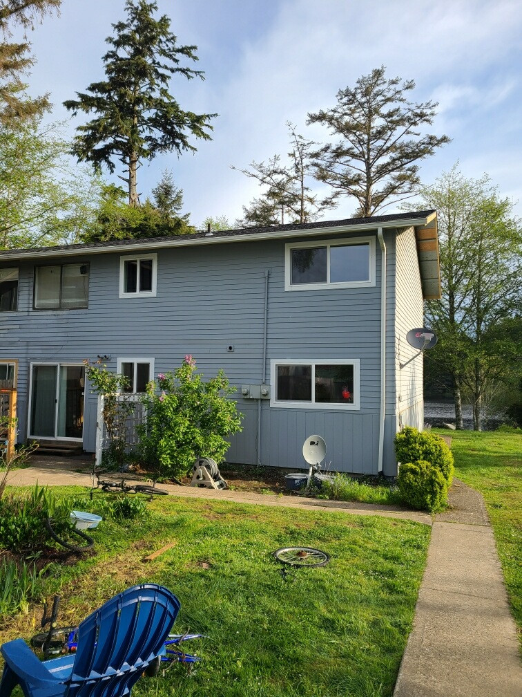 Replace dry rot and new siding