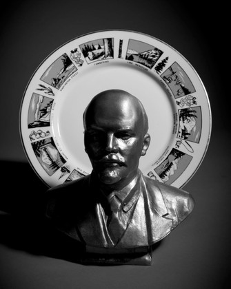 STILL LIFE WITH ST. LENIN IN SEATTLE, WA, digital print on Hahnemuhle photo pearl,12.5 x 10 inches