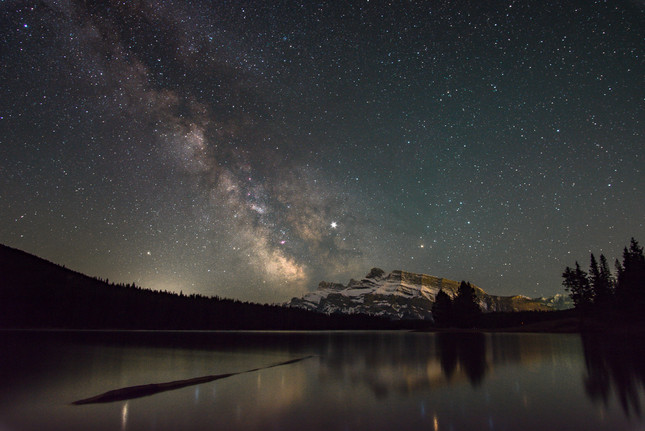 Milky way over Two Jack