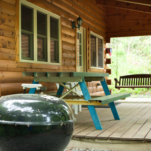 Cabin Outdoor Area