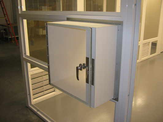 Steel frame cleanroom with pass through cube, Redwood City, Medical device