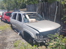 2005 GMC Yukon for parts