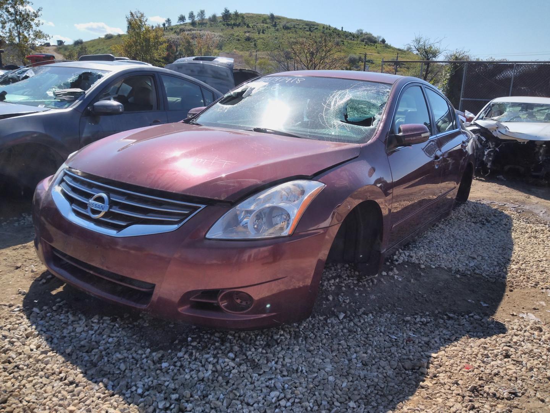 2010 Altima sedan