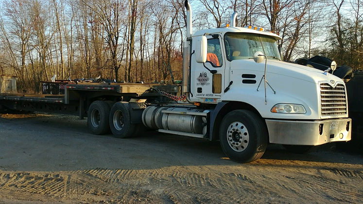 Roll Off truck  carrier