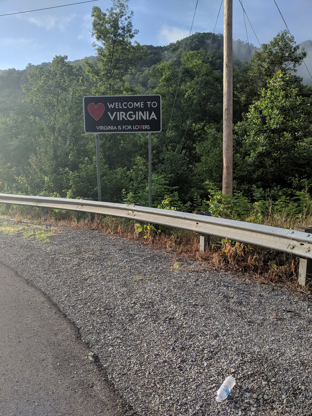 Last state sign! Leave your trash in Kentucky.