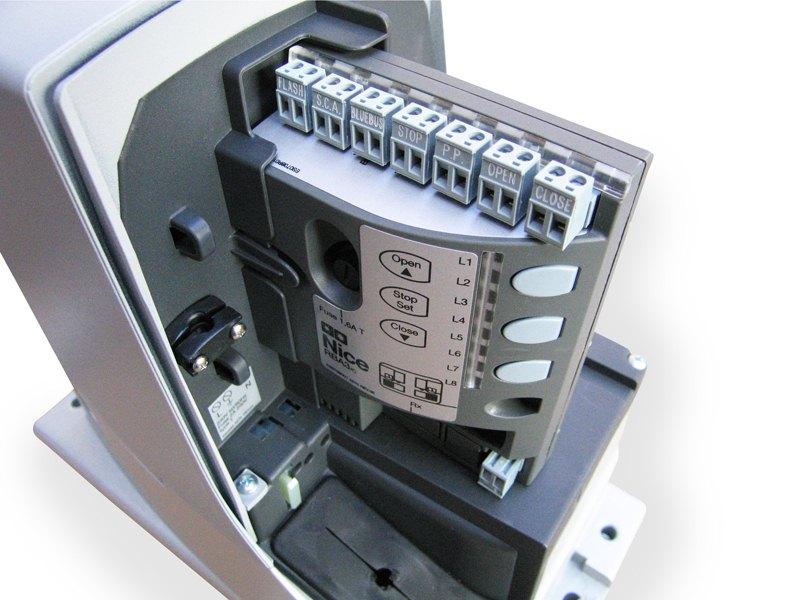 riadiaca-jednotka-pohonu-NICE-Robus-1000