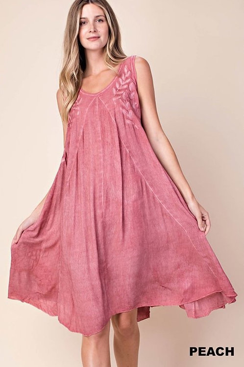 Leaves embroidered dye dress