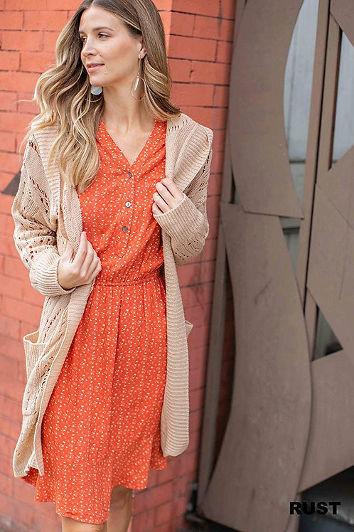 DRESS WITH BUTTONS AND LONG SLEEVES