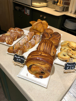 2C Cafe Pastries Sallins