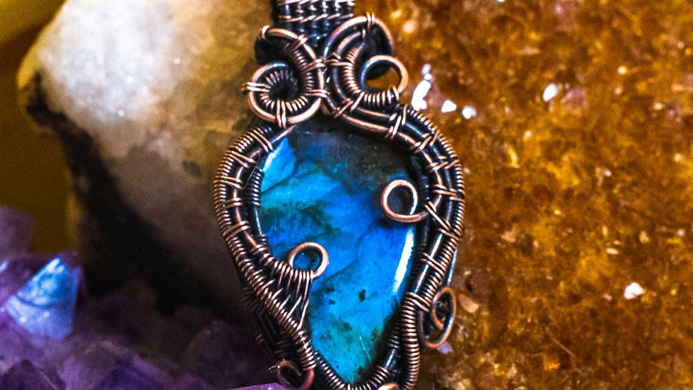 Blue Labradorite swirl