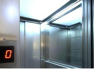 specchi ascensore.jpg
