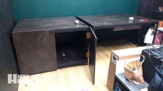 H2108215 黑砂紋+碳黑陶瓷 門板 組合桌 懸空架 封孔柱_210823_5 拷貝.jpg