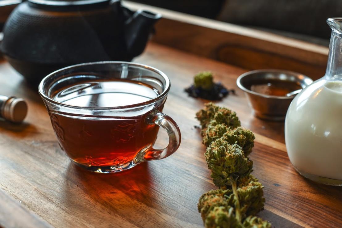 Cannabis Tea Latte by FOX & NUG