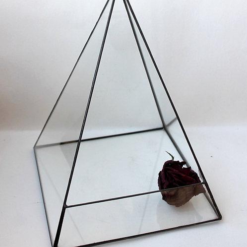 флорариум пирамида купить, подсвечник пирамида фото, стеклянный подсвечник, новогодний подсвечник, геометрический подсвечник,