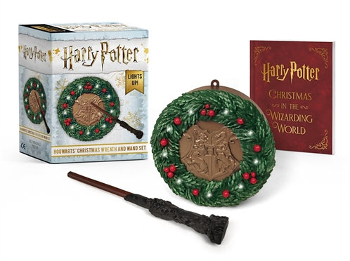 Harry Potter: Hogwarts Christmas Wreath and Wand Set : Lights Up!