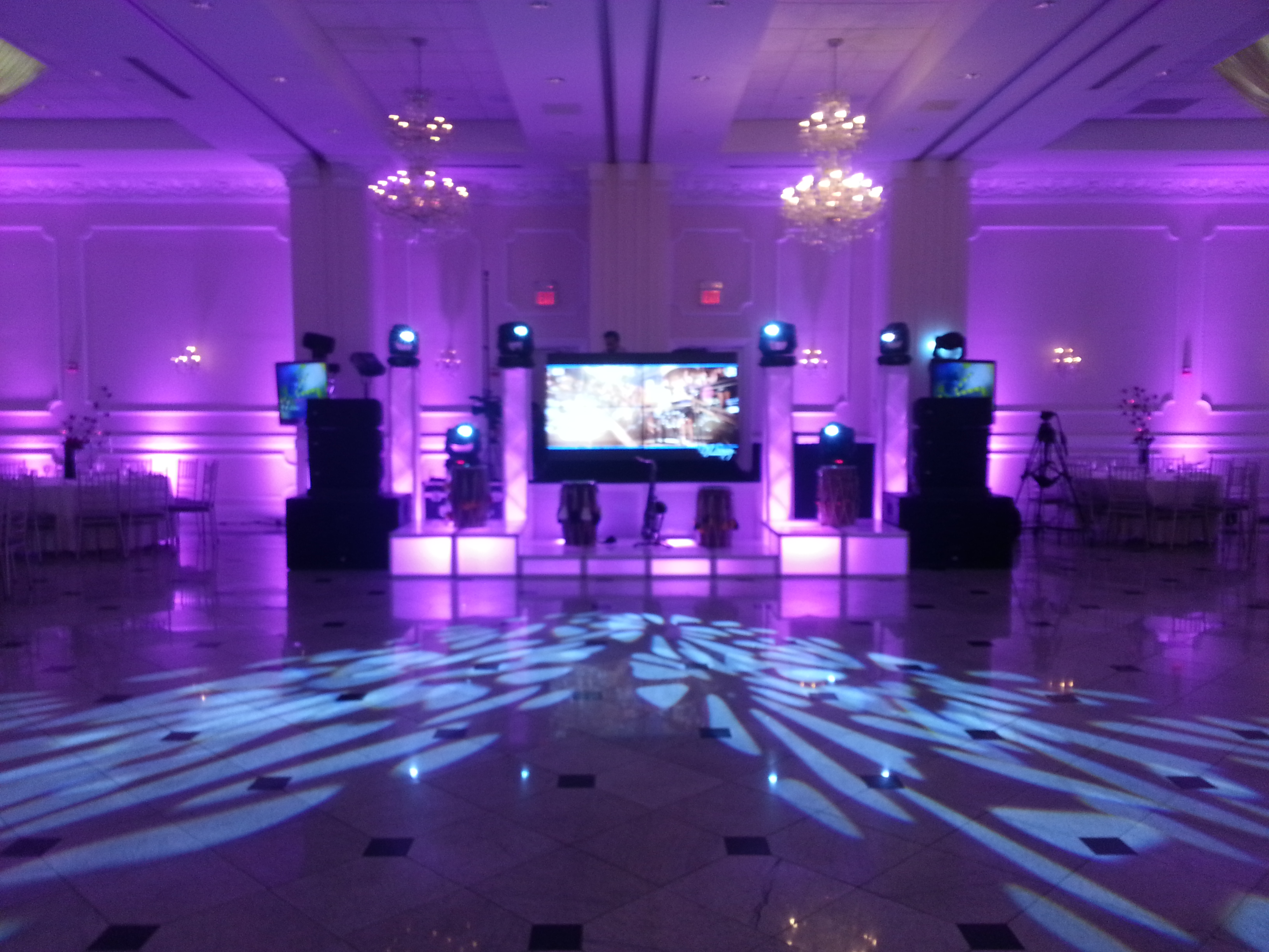 4 Panel Video DJ Booth