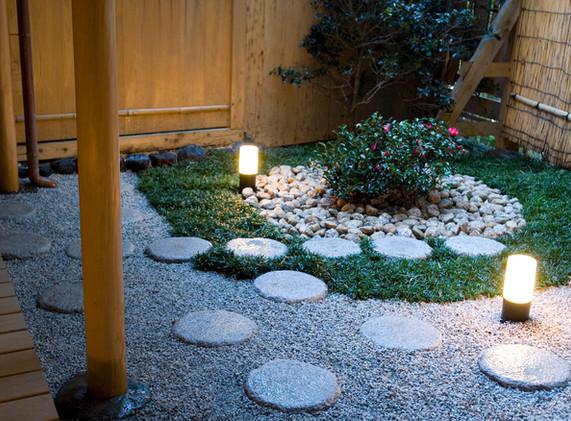 客室「相生」の坪庭