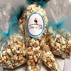 GOURMET CARAMEL WHITE CHOCOLATE POPCORN