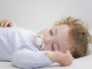 תינוק בשינה טובה