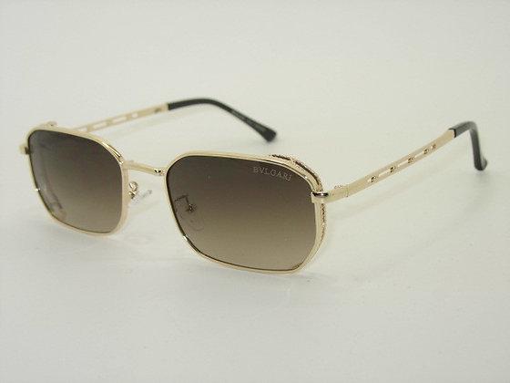 Жіночі сонцезахисні окуляри в металевій оправі