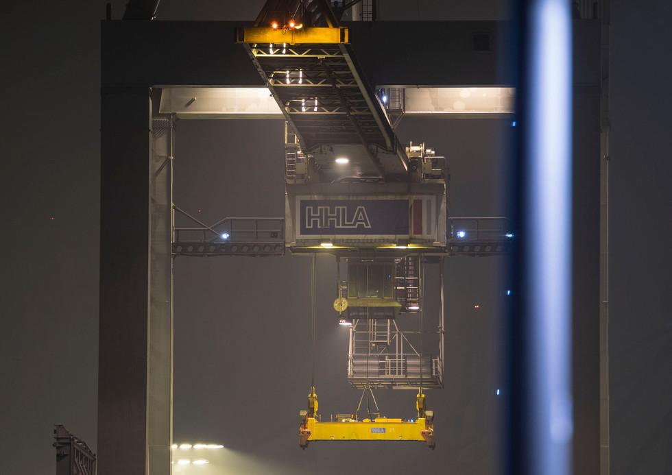 Containerhafen Hamburg 02