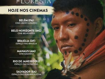 Documentário com a participação do líder Yanomami Davi Kopenawa está em cartaz