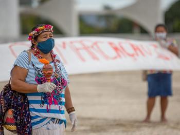 """Brasil tem """"uma das piores práticas indigenistas estatais para enfrentar a pandemia"""", afirma Cimi"""