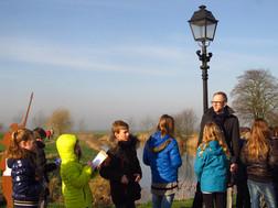 Dagblad van het Noorden doet verslag van het educatieproject 'Kijk! Oudeschans'.