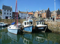 1200px-Crail_Harbour,_Fife,_Scotland