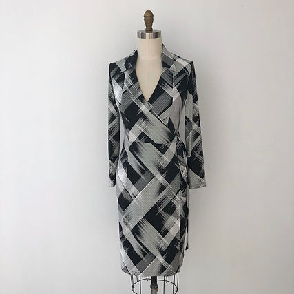 true wrap black stripe dress
