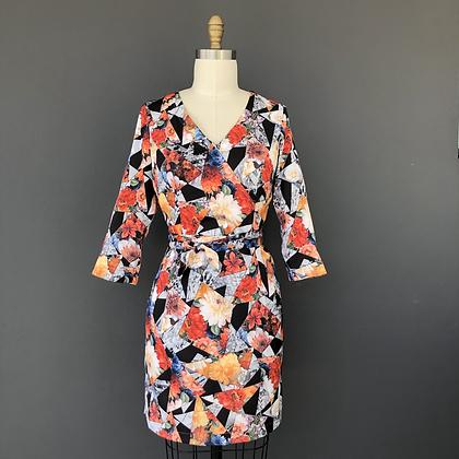 V neck digital print shift dress: Verona shift