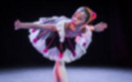 Danse Show-9472_edited.jpg