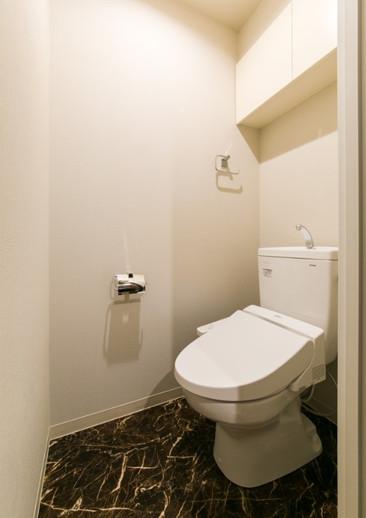 COビル トイレ