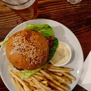 BURGERS MELBOURNE CAFES DINNER.jpg